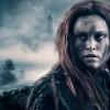 Eliza Taylor ako Clarke